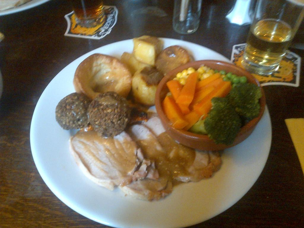 Sunday Roast, Ardingly Inn, West Sussex